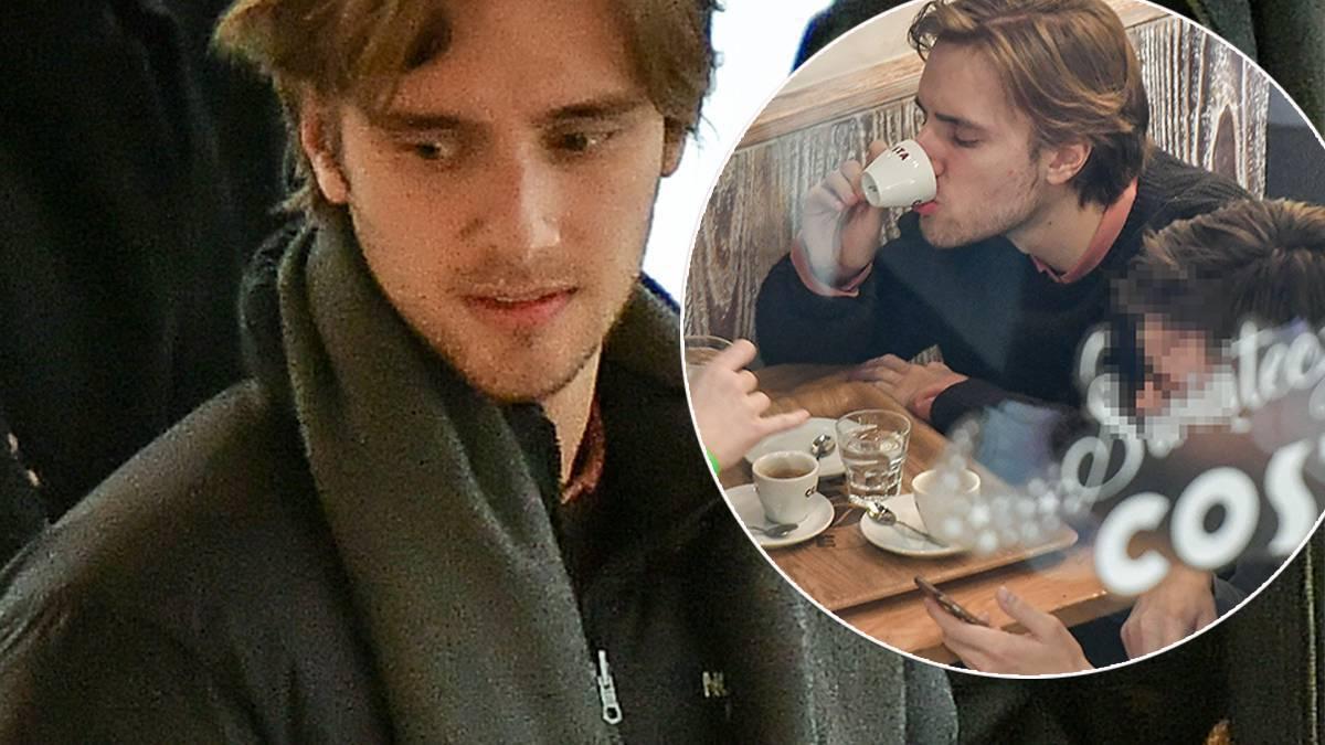 Maciej Musiał na kawie z kolegami