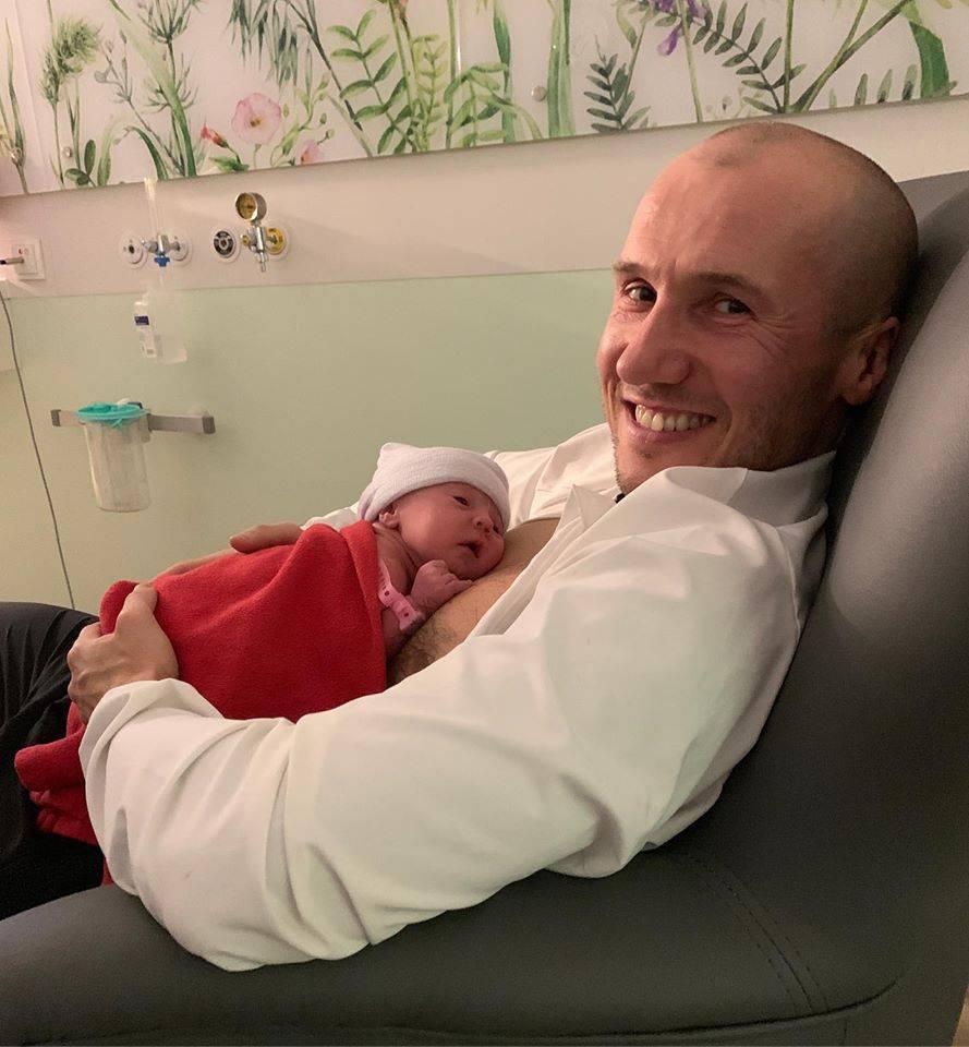 Mezo pokazał pierwsze zdjęcie z córką