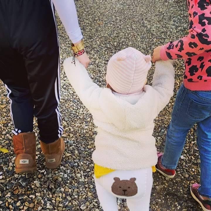 Zdjęcie (3) Robbie Williams został ojcem. O czwartym dziecku poinformowała jego żona uroczym wpisem walentynkowym