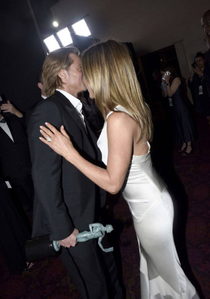 Jennifer Aniston i Brad Pitt za kulisami na SAG Awards 2020
