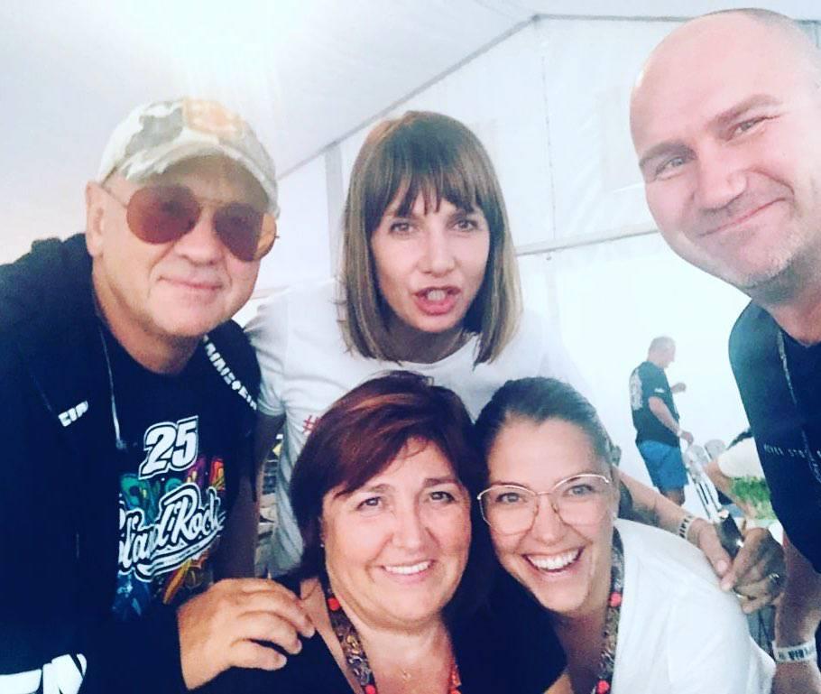 Zdjęcie (13) Gwiazdy wspierają WOŚP 2020: Agnieszka Kaczorowska, Paulina Krupińska, Małgorzata Kożuchowska