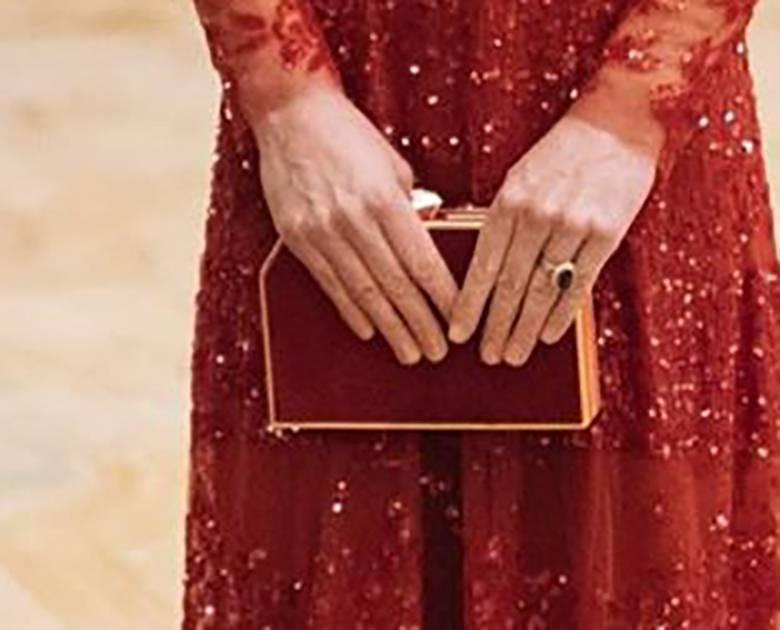 Zdjęcie (5) Idealny manicure księżnej Kate to zasługa kilku bardzo tanich produktów. Bez problemu dostaniesz je w Polsce