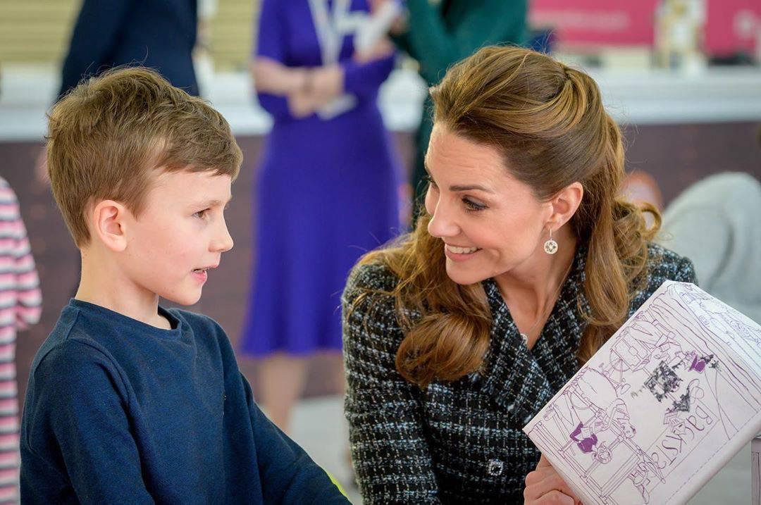 Księżna Kate w garsonce Dolce&Gabbana