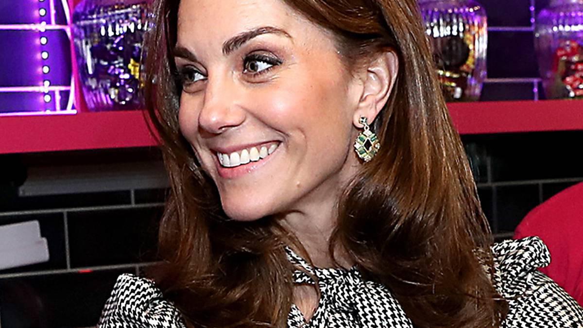 Księżna Kate - pierścionek trafił na sprzedaż