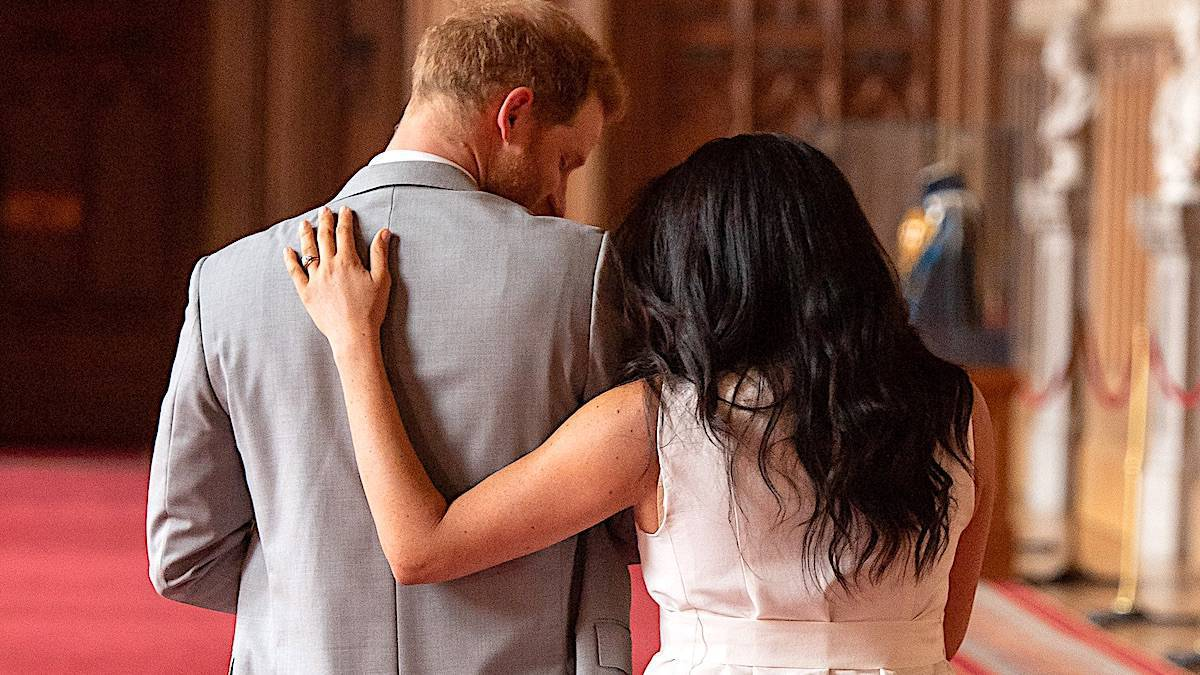 Meghan Markle i książę Harry opuścili rodzinę królewską