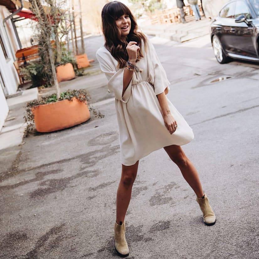 Anna Lewandowska w sukience z sieciówki. Jak wygląda?