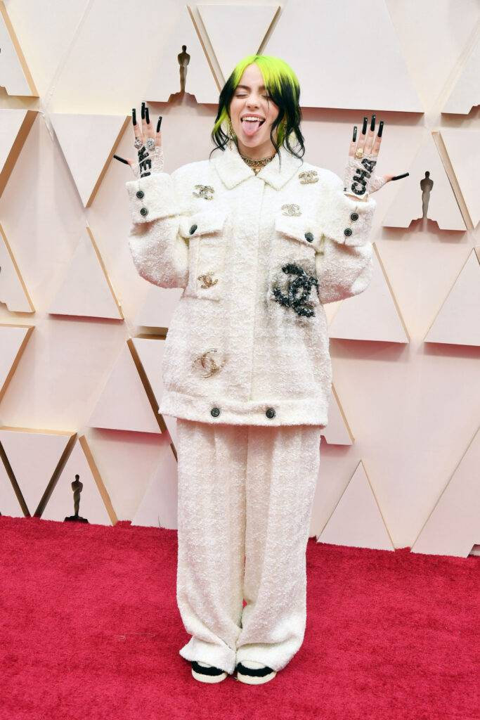 Billie Eilish – Oscary 2020, kreacja: Chanel