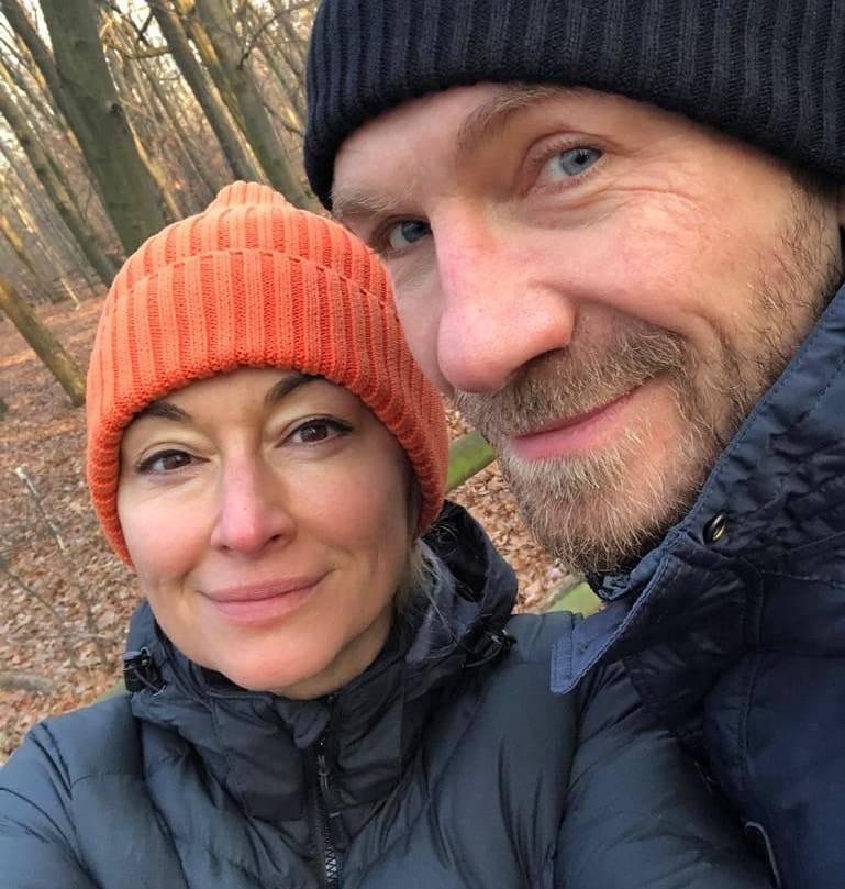 """Zdjęcie (4) Martyna Wojciechowska o ślubie i zaręczynach. Pokazała nam pierścionek z meteorytu: """"Jest kosmiczny"""""""