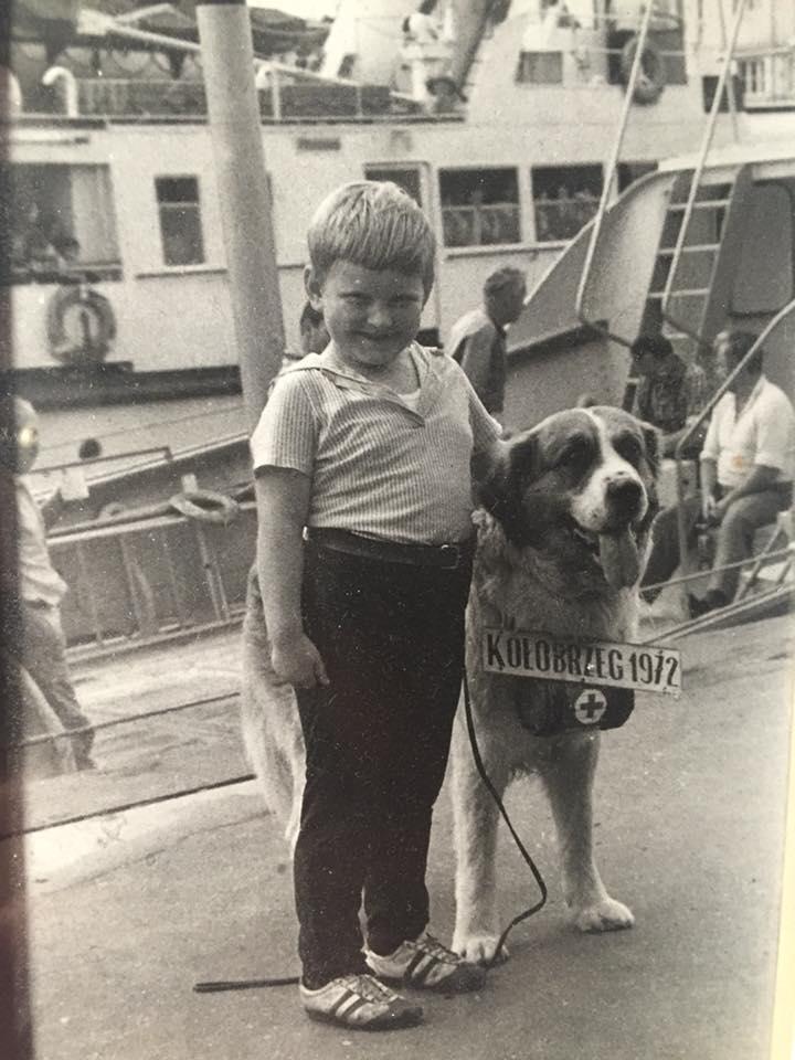 Zdjęcie (5) Gwiazdy podjęły wyzwanie i publikują swoje archiwalne zdjęcia! Nowy hit prosto z Facebooka