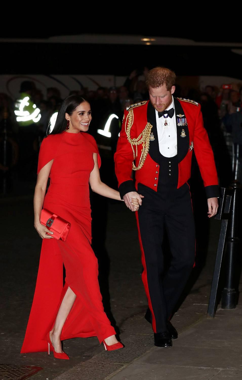 Meghan Markle w czerwonej sukience
