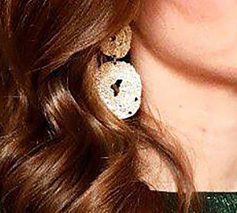 Księżna Kate - kolczyki z H&M za 30 złotych