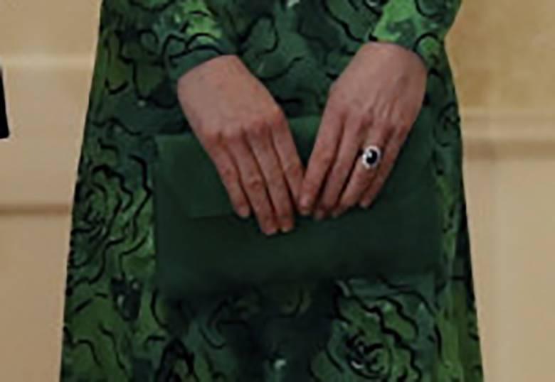 Zdjęcie (4) Idealny manicure księżnej Kate to zasługa kilku bardzo tanich produktów. Bez problemu dostaniesz je w Polsce