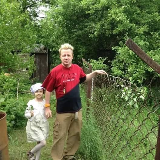 Robert Leszczyński z córką Keirą