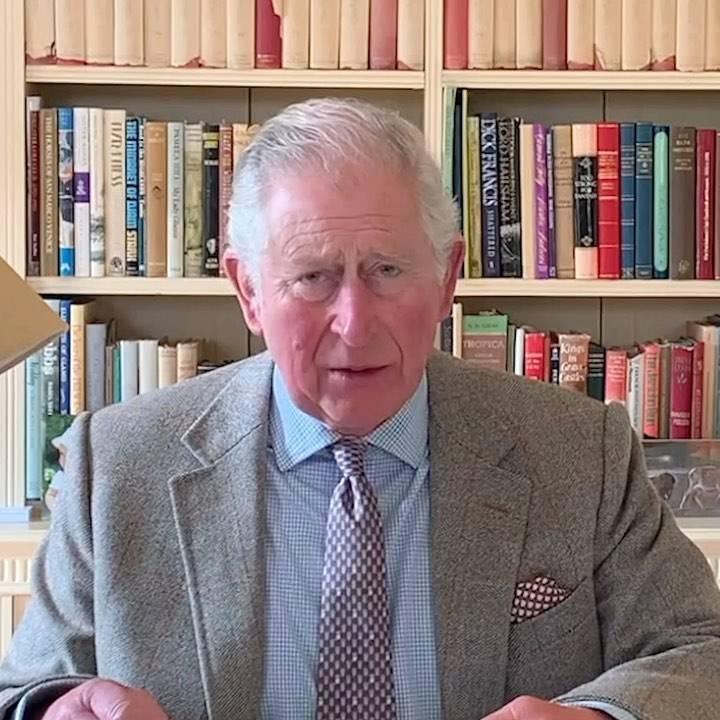Książę Karol wygłasza przemówienie