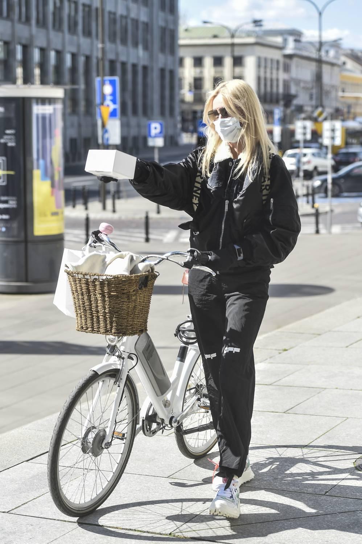 Agnieszka Woźniak-Starak na rowerze za 5 tysięcy