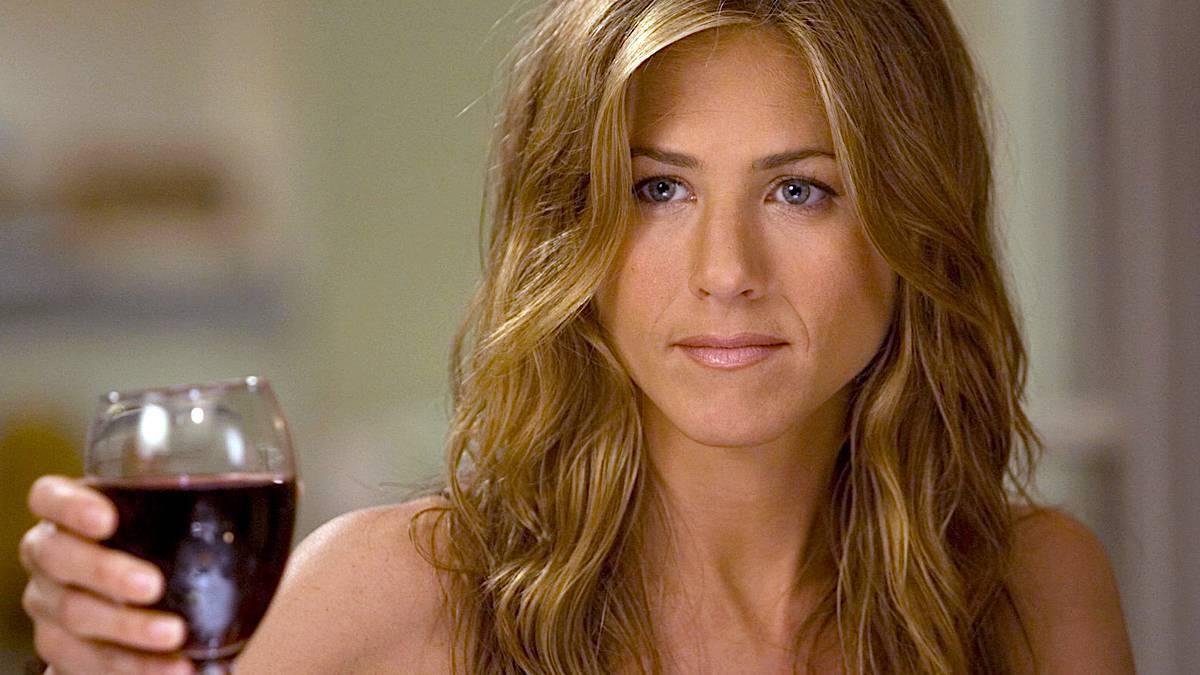 Jennifer Aniston z winem