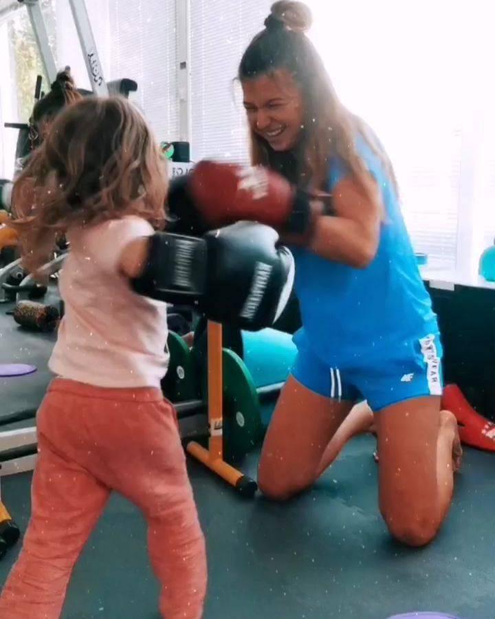 Anna Lewandowska trenuje z Klarą