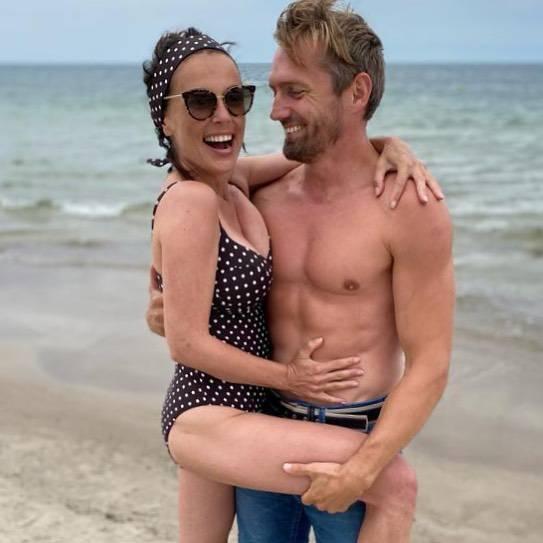Zdjęcie (1) Tropikalne upały nawiedziły Polskę. Gwiazdy wskoczyły w bikini i wyskoczyły na słońce. Jest szał ciał!
