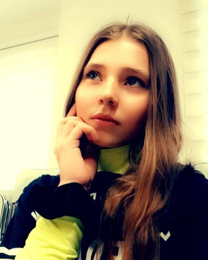 """Zdjęcie (6) Prokop odważnie do córki Agaty Mróz: """"Piszą, że gdyby nie ty, to mama wciąż by żyła"""". Wzruszająca odpowiedź 13-latki"""