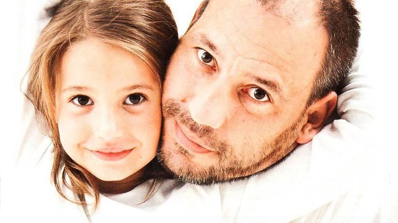 Zdjęcie (8) Córka Agaty Mróz skończyła 12 lat. Liliana nie tylko poszła w ślady matki, ale też łudząco ją przypomina