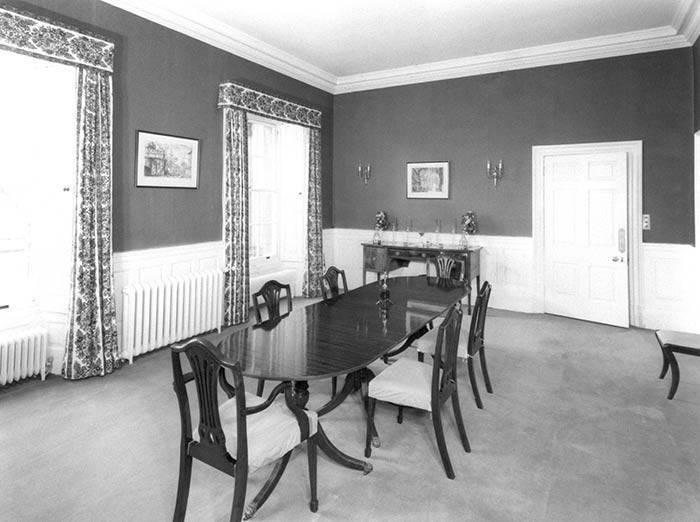 wnętrze domu księcia Karola i Camilli