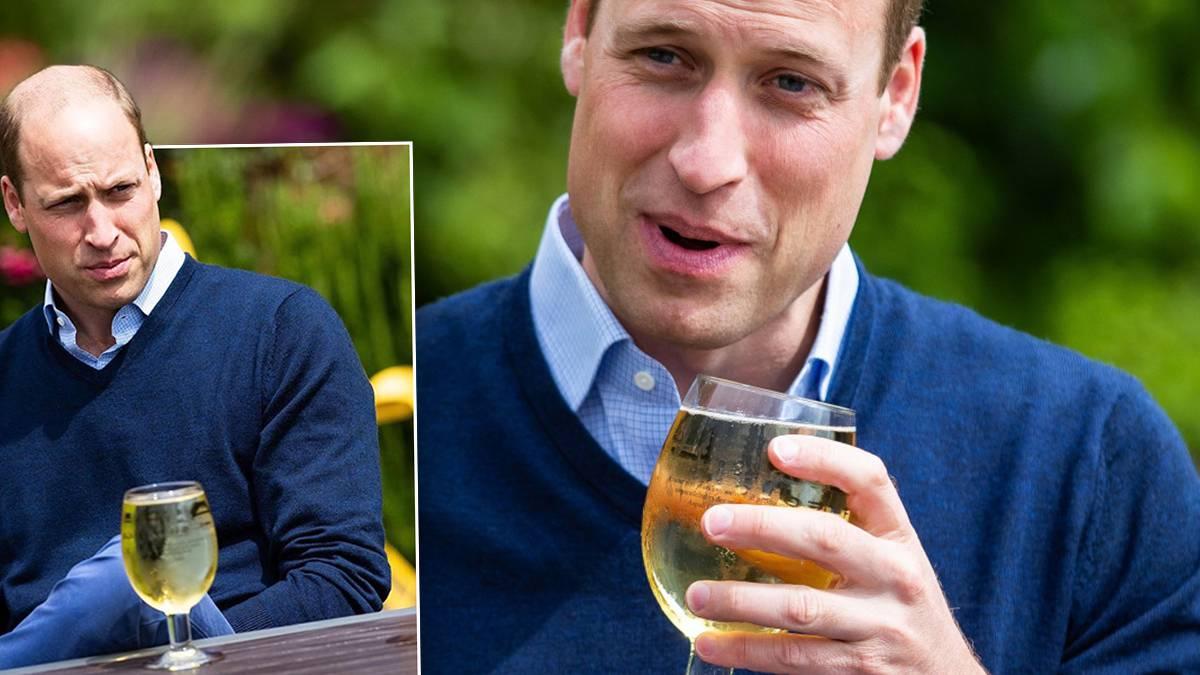 Książę William pije piwo w barze