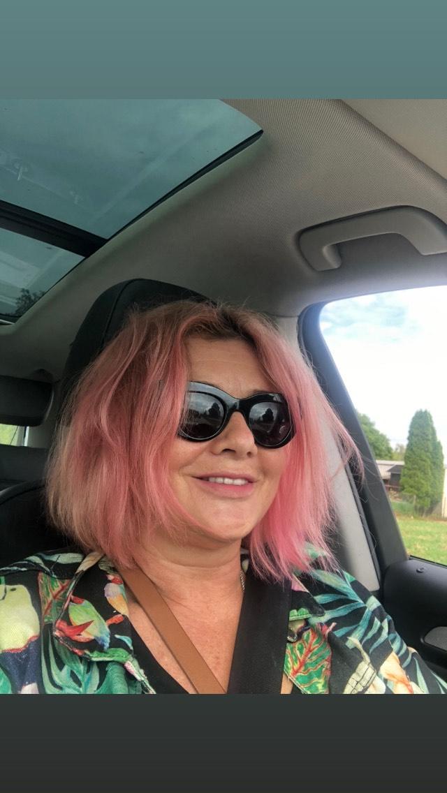 Małgorzata Ostrowska-Królikowska ma różowe włosy