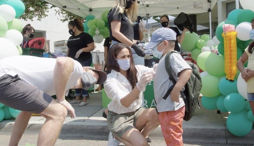 Meghan Markle i książę Harry w Los Angeles wspierają Baby2Baby