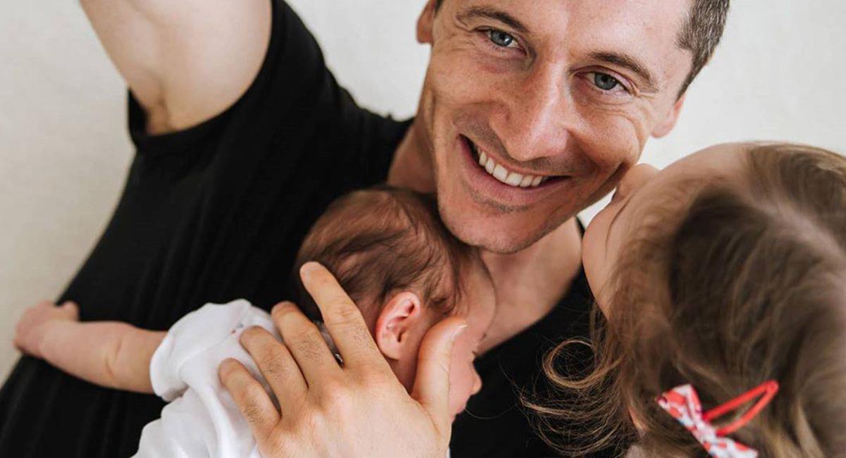 Robert Lewandowski z córkami