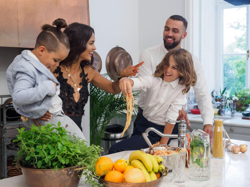 Klaudia El Dursi z rodziną