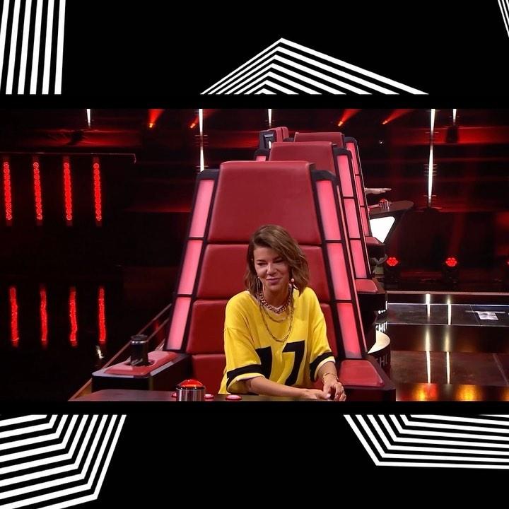 """Zdjęcie (7) Z jury """"The Voice of Poland"""" znika jeszcze jedna gwiazda. Właśnie wydała oświadczenie. Komentuje Michał Szpak"""