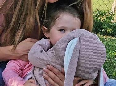 """Zdjęcie (2) Anna Lewandowska odsłoniła twarz Klary. Fanki porównują ją do Roberta. """"Mówiłaś, że nie będziesz pokazywać dzieci"""""""