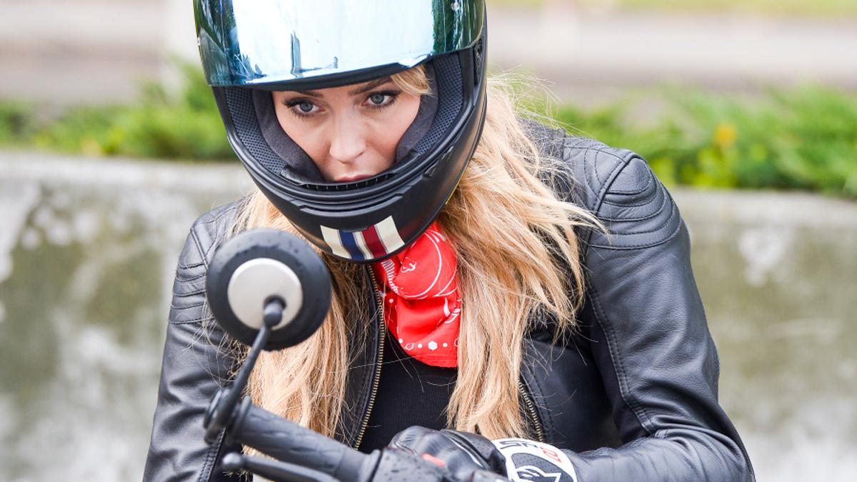 Marcelina Zawadzka na motorze