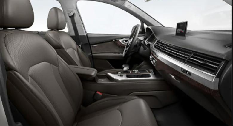 Audi Q7 (zdjęcie ilustracyjne, fot. https://www.audihoffmanestates.com/)