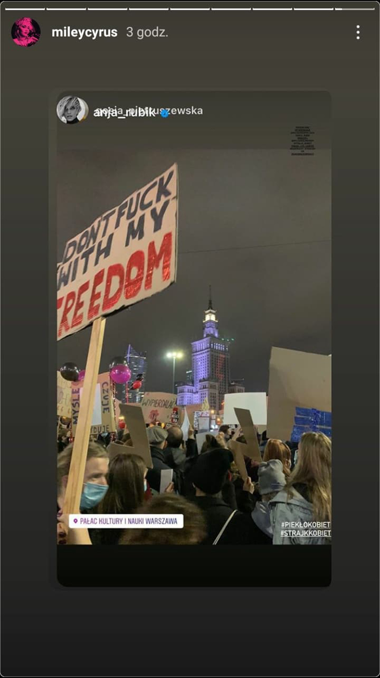 Miley Cyrus reaguje na Strajk Kobiet w Polsce