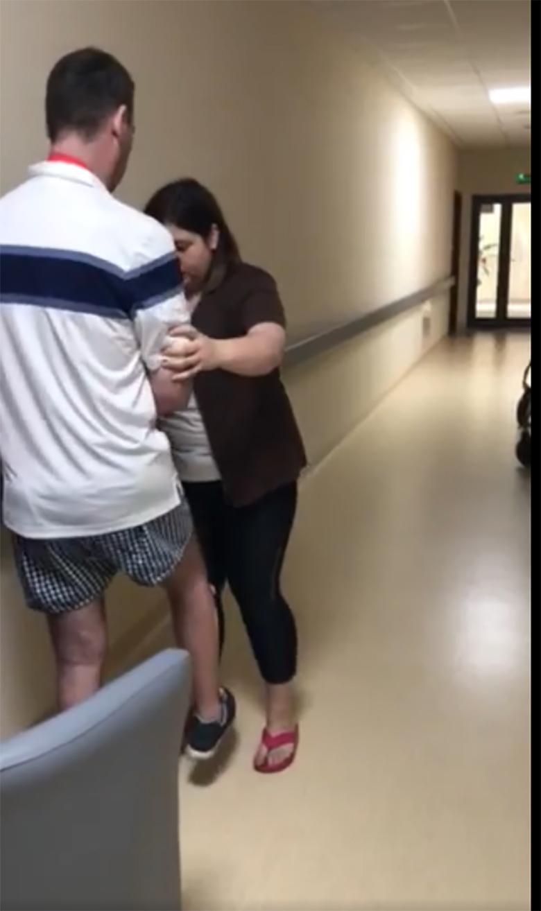 Jacek Rozenek pokazał wideo z rehabilitacji