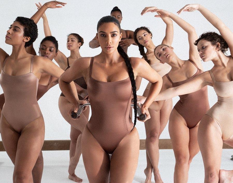 Kim Kardashian i jej kolekcja Skims