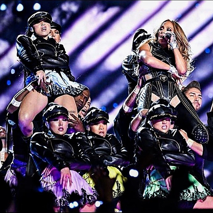 Klaudia Antos na finale Super Bowl z J.Lo