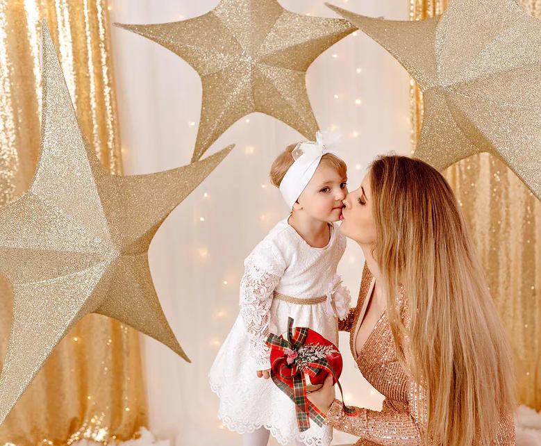 Ewelina Golczyńska z córką w świątecznej sesji