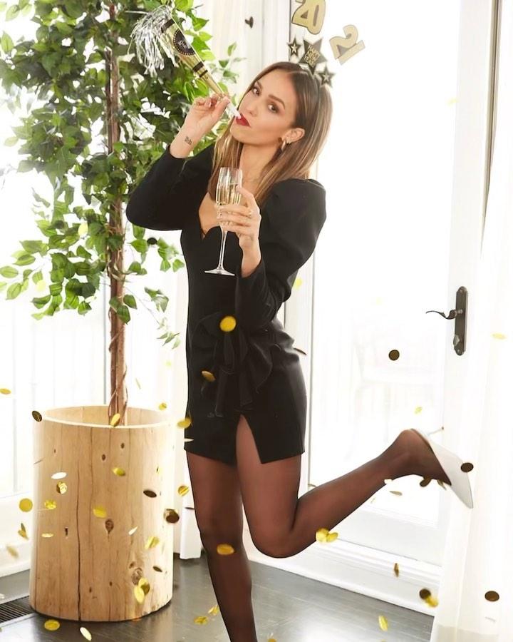 Jessica Alba w sukience od polskiej projektantki