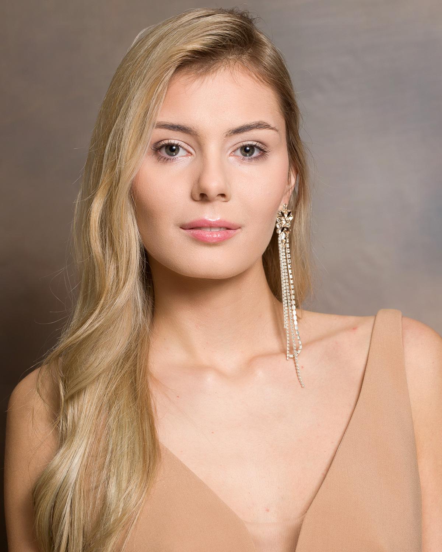 Kandydatka nr 2: Klaudia Andrzejewska, 19 lat, Włocławek