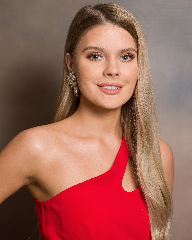 Kandydatka nr 8: Julia Gryczan, 23 lata, Gorzów Wielkopolski