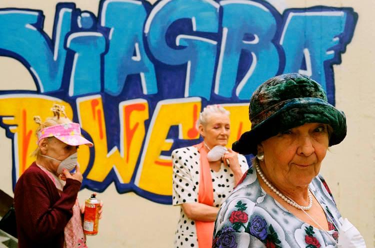 Zdjęcie (3) Agnieszka Dygant w pięknych słowach pożegnała serialową babcię Apolonię. Widać, że łączyła je szczególna więź
