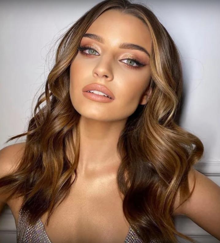 Julia Wieniawa w makijażu Magdy Pieczonki