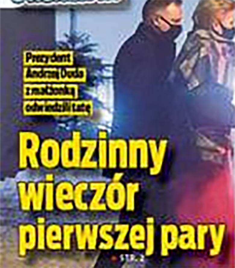 Agata Duda i Andrzej Duda zostali przyłapani na rodzinnym spacerze