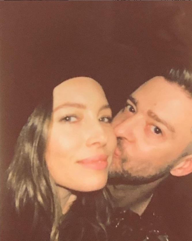 Zdjęcie (1) Justin Timberlake w piękny sposób uczcił urodziny Jessiki Biel. Zdjęciami i wpisem udowodnił, że jest w niej szaleńczo zakochany