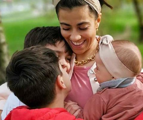 Maja Hyży z dziećmi