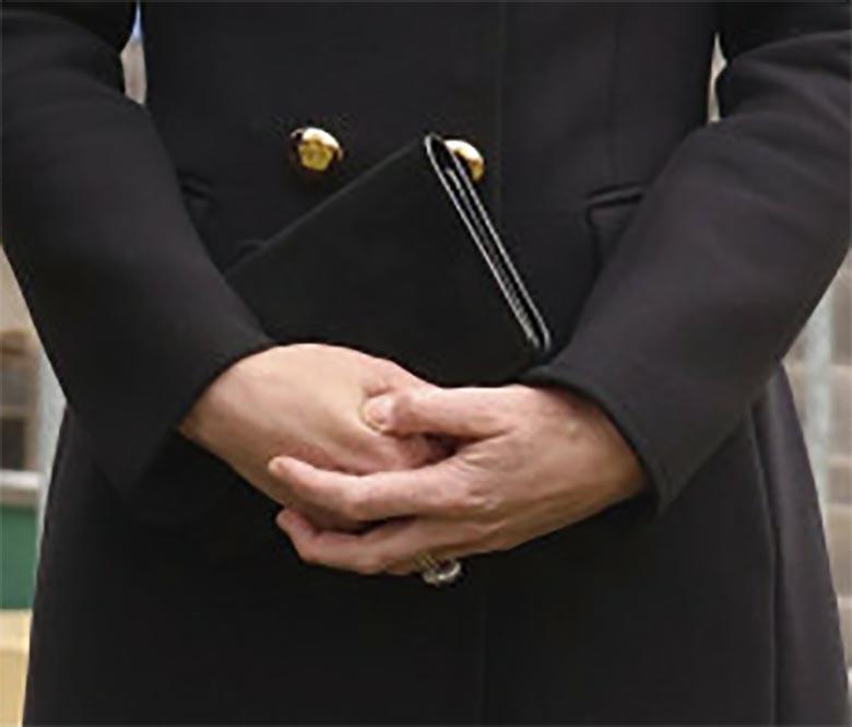 Księżna Kate dopasowała zgrabną torebkę