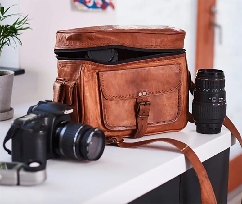 Kasztanowa skórzana torba na aparat Vida Vintage, 70 £/ 368 zł