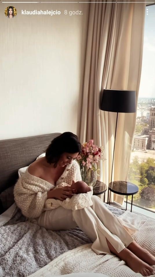 Zdjęcie (3) Klaudia Halejcio pokazała swoją córeczkę. Podzieliła się intymnym momentem z Nel. Cudne ujęcia!